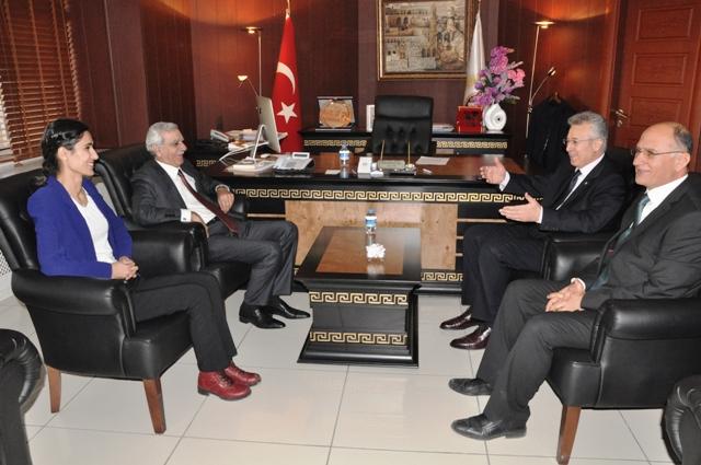 Vali Taşkesen'den Başkan Türk'e ziyaret