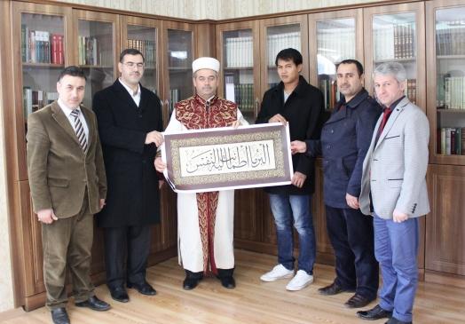 Türk mühendislerden etkilenerek Müslüman oldu