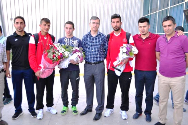 Mardin'i Milli Sporcuya doyurdu