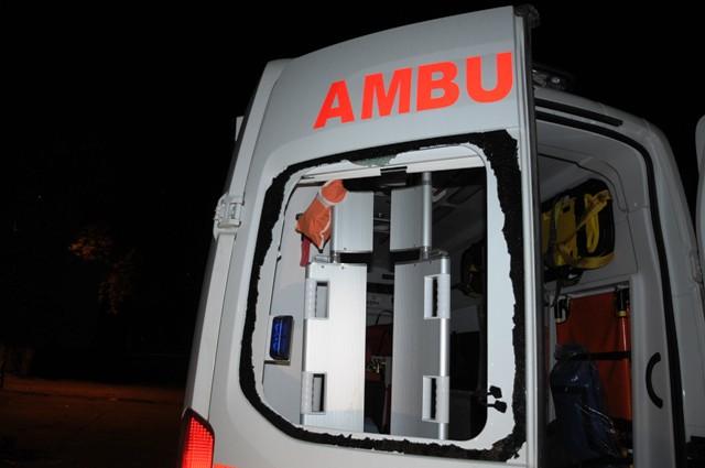 Dargeçit'te Ambulansa saldırı