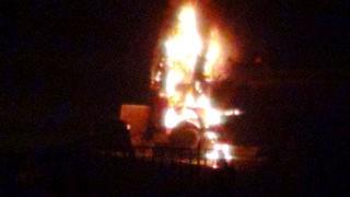 Nusaybin'de tanker yakıldı