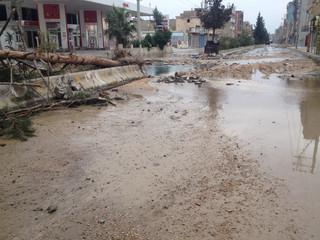 Nusaybin'de sokaklardan silah ve patlama sesleri geliyor