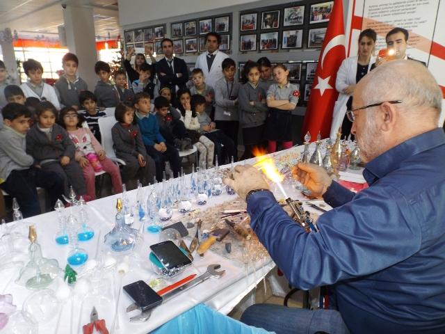 Bahçeşehir kolejinden Cam Üfleme Sanatı
