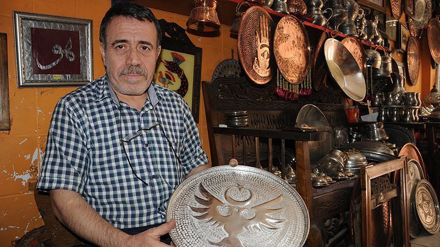 Mardin'in etnik kültürünü bakıra yansıtıyor
