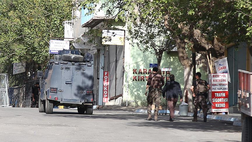Bomba, kaymakamlık binası içinden patlatılmış