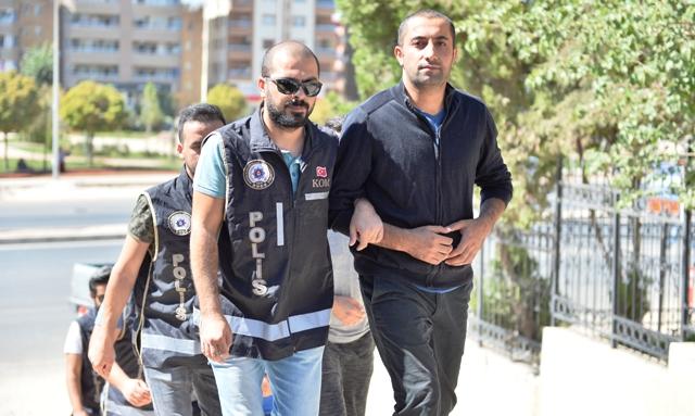 Mardin merkezli FETÖ/PDY operasyonunda 5 kişi tutuklandı