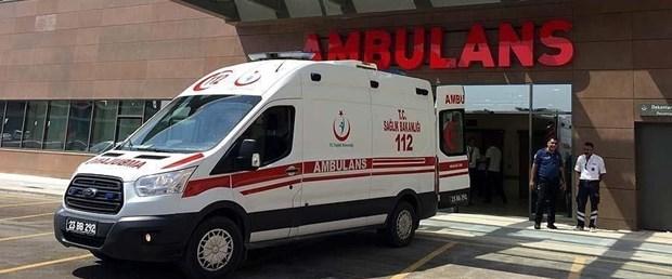 İneğe çarpan motosikletteki  bir kişi öldü, diğeri yaralandı