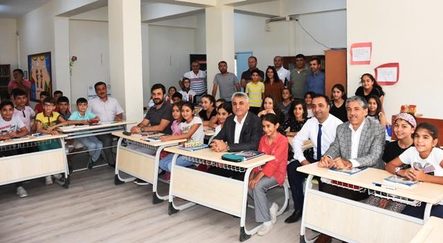 Nusaybin'de öğrencilere yardım