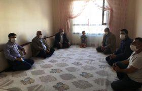 Nusaybin'de çocukları polis tarafından kovalanan Erdal ailesine ziyaret