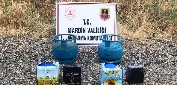 Yola tuzaklanan 20 kilogram el yapımı patlayıcı imha edildi