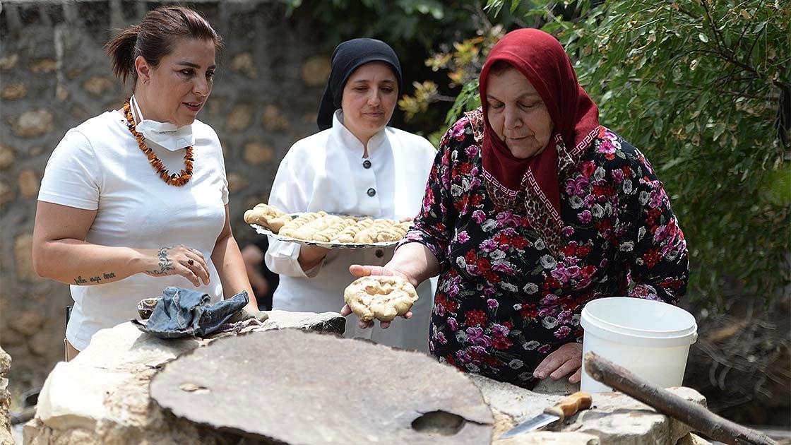 Mezopotamya'nın en eski buğday tohumundan ekmek yaptılar