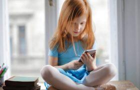 """Çocuklara """"dijital süre"""" uyarısı"""