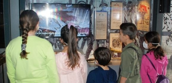 """""""Çanakkale Savaşları Mobil Müzesi"""" Midyat'ta"""