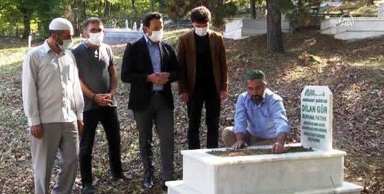 Sakarya'da Mardinli mevsimlik işçinin ölen kızı için mezar taşı yaptırıldı